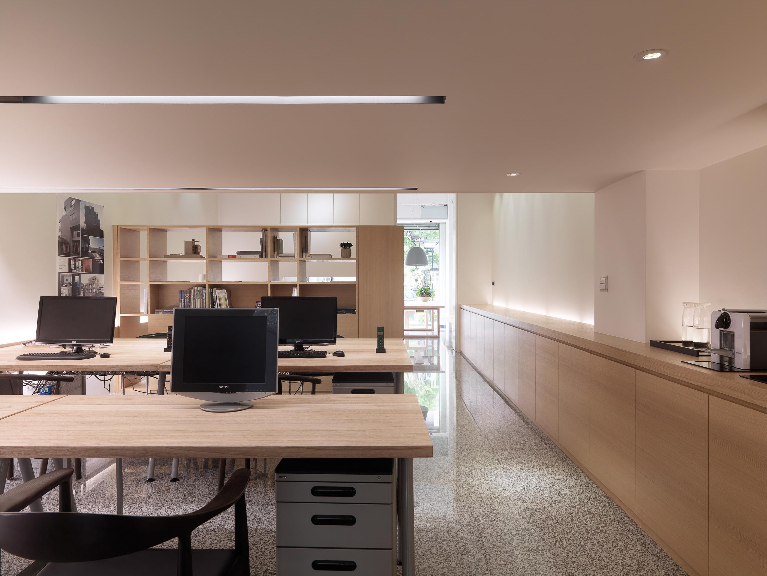 商空設計-大雄設計辦公室/敬業一路-辦公室